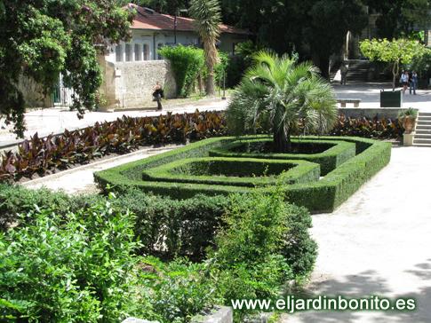 Jard n bot nico de montpellier 01 for Jardin geometrico